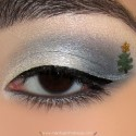 ChristmasTreeMakeupLook